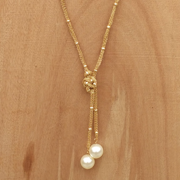 gold-threads-necklace